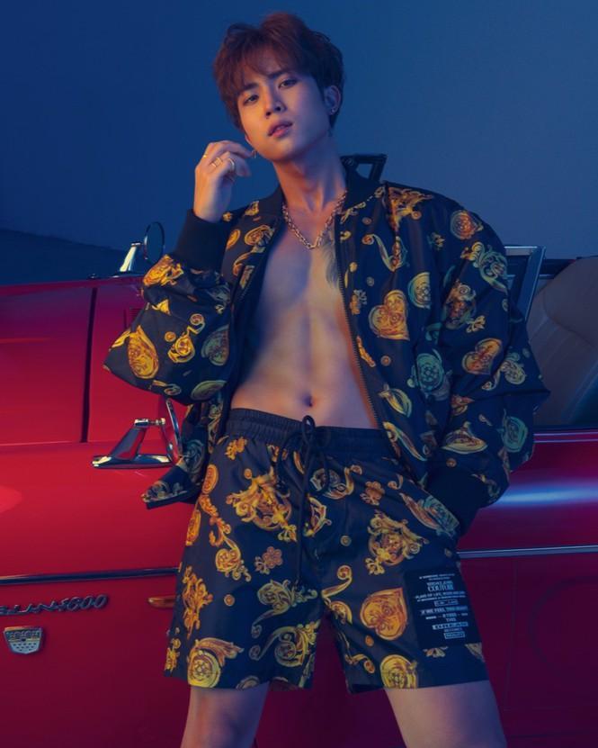 Uni5 phanh áo khoe body 6 múi, cơ bắp rắn chắc khiến fangirl 'xịt máu mũi' Ảnh 4