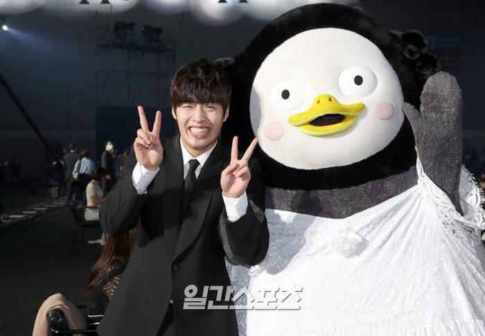 BTS, Kang Ha Neul và 'Khi hoa trà nở' thắng lớn tại lễ trao giải truyền hình 2020: Daesang là ai? Ảnh 4