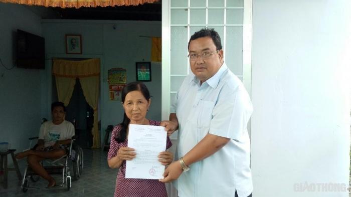 Báo Giao thông trao tặng nhà tình thương 4 gia đình nạn nhân TNGT ở Cà Mau Ảnh 3