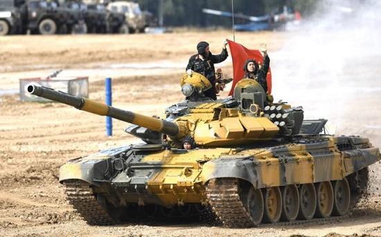 Sức mạnh vượt trội của xe tăng T-73B3 giúp Việt Nam gạ gục đối thủ, giành chiến thắng tại Tank Biathlon 2020 Ảnh 2