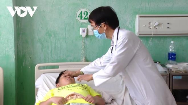 9 người ở Bà Rịa - Vũng Tàu nhập viện sau khi ăn gà rán Ảnh 1
