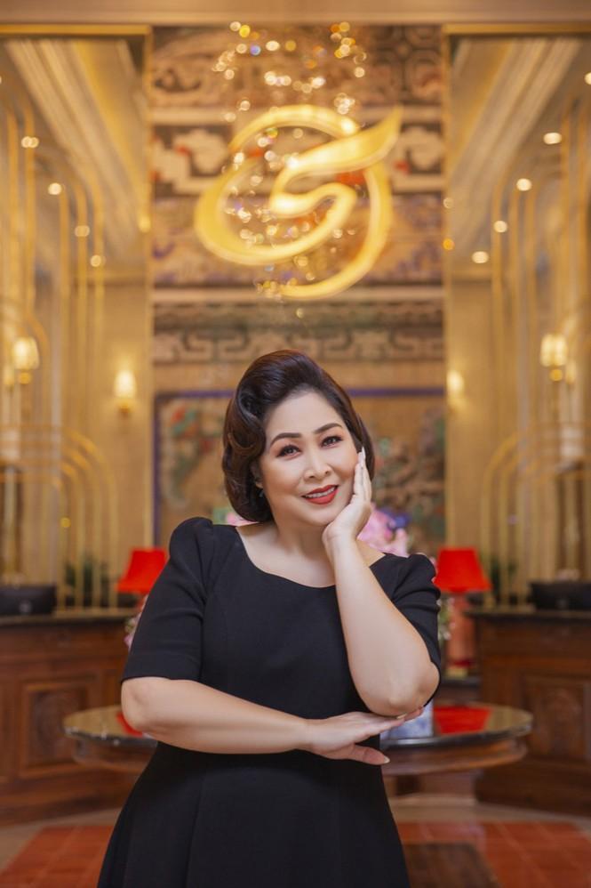 Kaity Nguyễn khoe nhan sắc mặn mà trước ngày khởi quay 'Gái già lắm chiêu V' tại Huế Ảnh 3