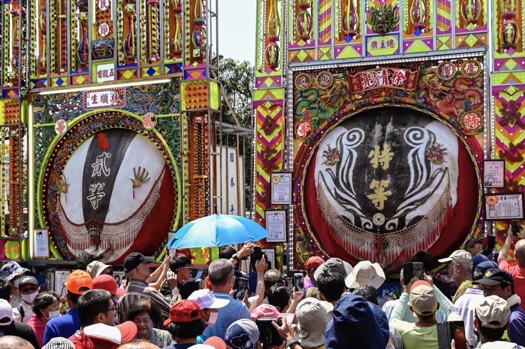 Lễ hội rước 'lợn thần' gây tranh cãi ở Đài Loan Ảnh 1