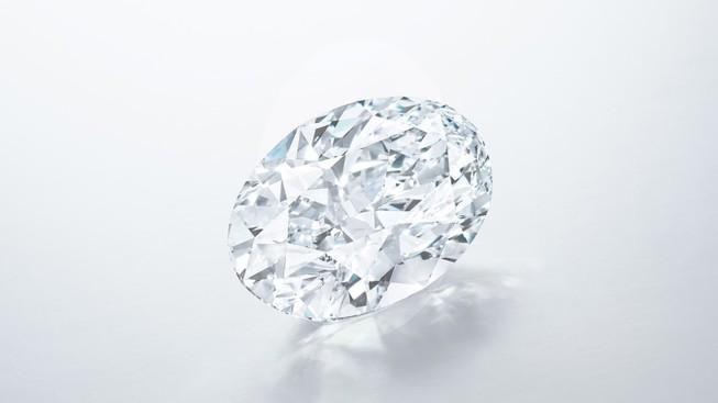 Viên kim cương 102,39 carat có thể được đấu giá 700 tỉ đồng Ảnh 1