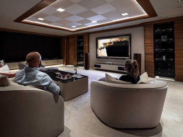 Siêu du thuyền giá thuê 2 triệu USD/tuần Ảnh 12