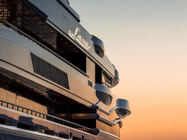 Siêu du thuyền giá thuê 2 triệu USD/tuần Ảnh 1