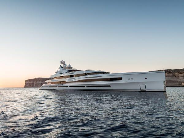 Siêu du thuyền giá thuê 2 triệu USD/tuần Ảnh 2