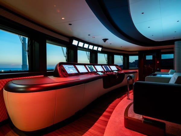 Siêu du thuyền giá thuê 2 triệu USD/tuần Ảnh 4
