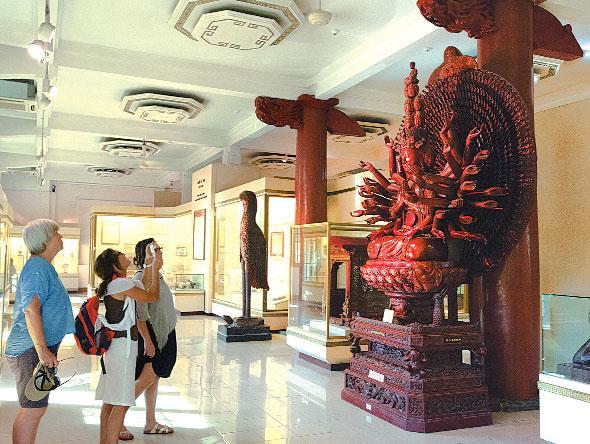 Bảo tàng Lịch sử Việt Nam Ảnh 1
