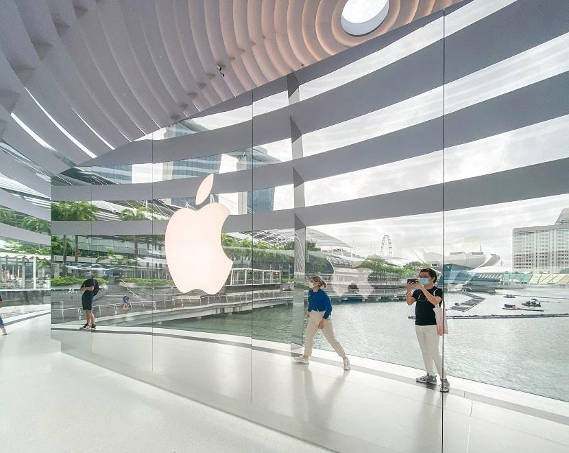 Bên trong Apple Store nổi trên vịnh ở Singapore Ảnh 6