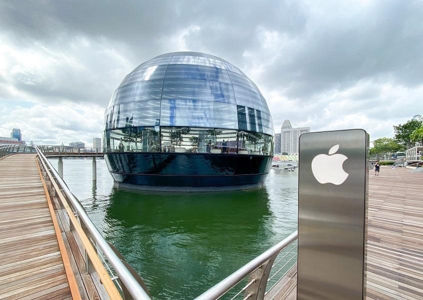 Bên trong Apple Store nổi trên vịnh ở Singapore Ảnh 7
