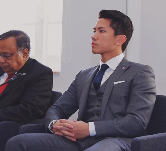 Hoàng tử giàu nhất nhì Brunei, điển trai, thân hình 'cực phẩm' Ảnh 1