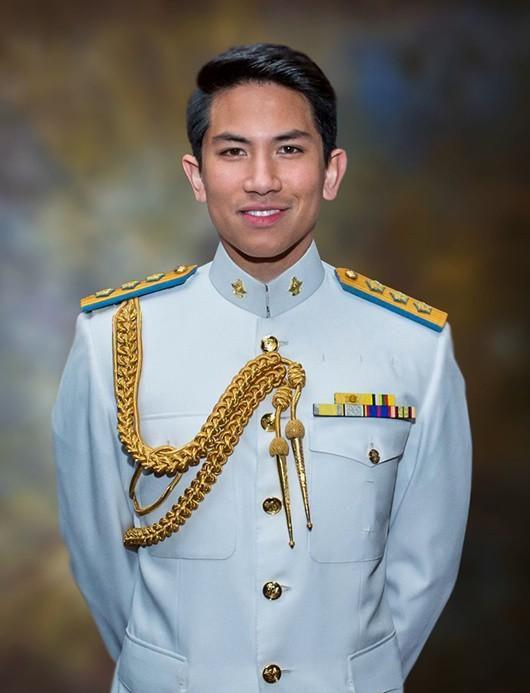 Hoàng tử giàu nhất nhì Brunei, điển trai, thân hình 'cực phẩm' Ảnh 2