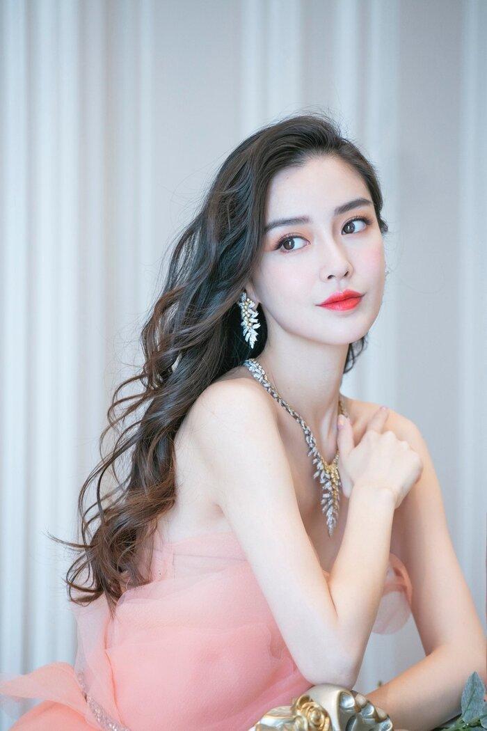 Netizen xứ Trung muốn có cuộc sống như mỹ nhân nào trong showbiz Hoa ngữ? Ảnh 8