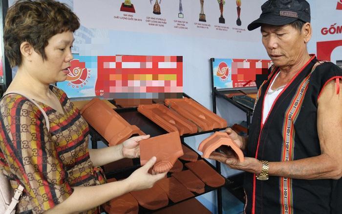 Lần đầu tiên một đơn vị gốm Việt lập cú đúp Kỷ lục Thế giới Ảnh 1