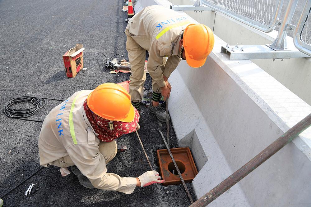 Toàn cảnh cầu cạn đoạn Mai Dịch - Nam Thăng Long trước ngày thông xe Ảnh 4