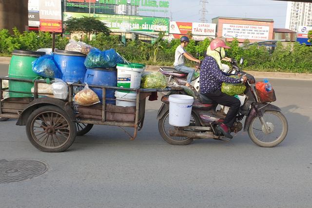 Cận cảnh những chiếc xe máy cũ nát đến mức không thể nát hơn trên mọi ngả đường của Hà Nội Ảnh 3