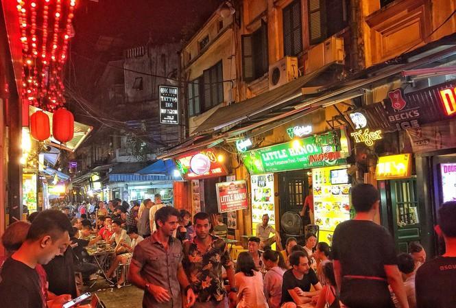 Nghiên cứu phản ánh 'Kinh tế đêm Hà Nội: Cần đặc sản hút khách' Ảnh 1
