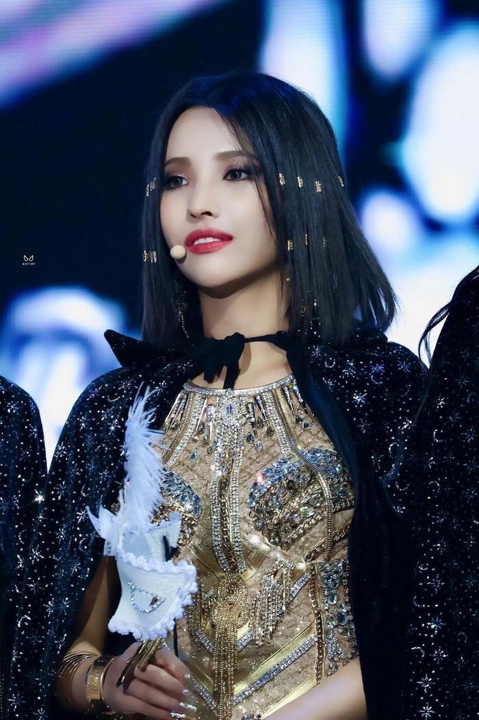 BXH thương hiệu thành viên girlgroup tháng 9/2020: Jennie giảm phong độ, Jisoo và YooA đua sát nút đến quán quân Ảnh 6