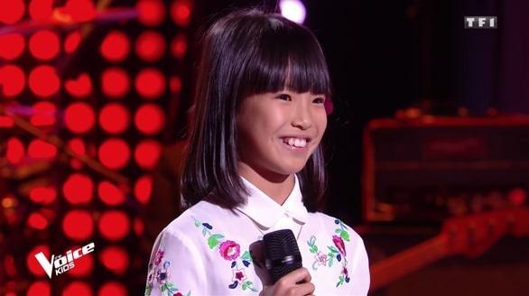 Cô bé 8 tuổi hát 'Bonjour Vietnam' trên sóng truyền hình Pháp Ảnh 1