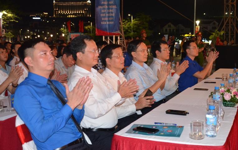 Chương trình nghệ thuật 'Tuổi trẻ Quảng Ninh tự hào tiến bước dưới cờ Đảng' Ảnh 2