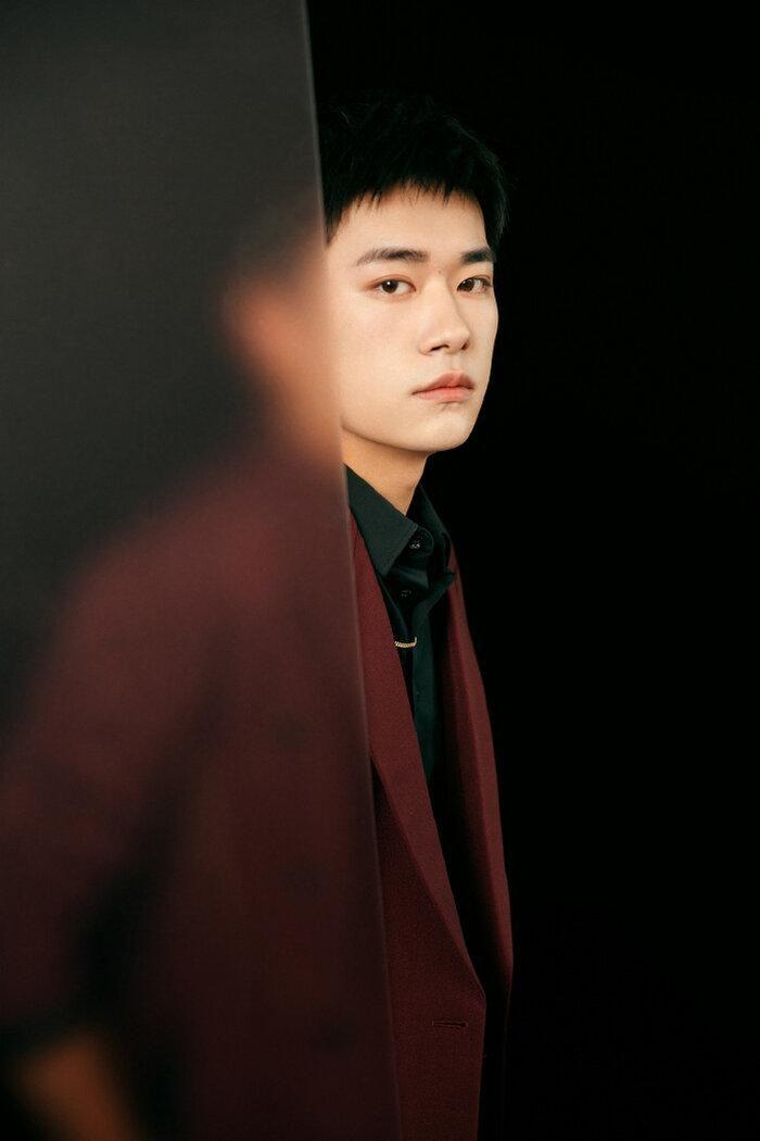 Buổi tuyên dương đề cử của giải Kim Kê Bách Hoa: Dịch Dương Thiên Tỉ cạnh tranh với đàn anh, Dương Tử xinh đẹp rạng ngời Ảnh 9