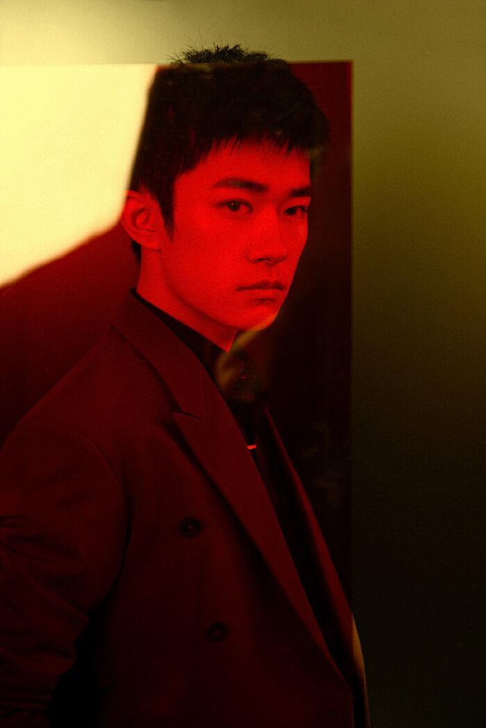Buổi tuyên dương đề cử của giải Kim Kê Bách Hoa: Dịch Dương Thiên Tỉ cạnh tranh với đàn anh, Dương Tử xinh đẹp rạng ngời Ảnh 12