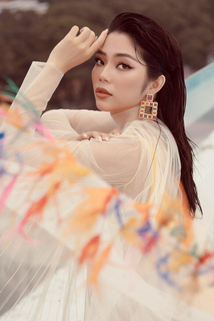 Top 5 Hoa hậu biển Việt Nam khiến fan xuýt soa với bikini nóng bỏng, khoe trọn đường cong 'số đo vàng' Ảnh 5