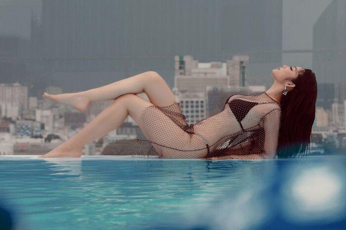 Top 5 Hoa hậu biển Việt Nam khiến fan xuýt soa với bikini nóng bỏng, khoe trọn đường cong 'số đo vàng' Ảnh 9