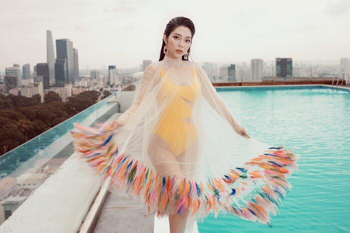 Top 5 Hoa hậu biển Việt Nam khiến fan xuýt soa với bikini nóng bỏng, khoe trọn đường cong 'số đo vàng' Ảnh 3
