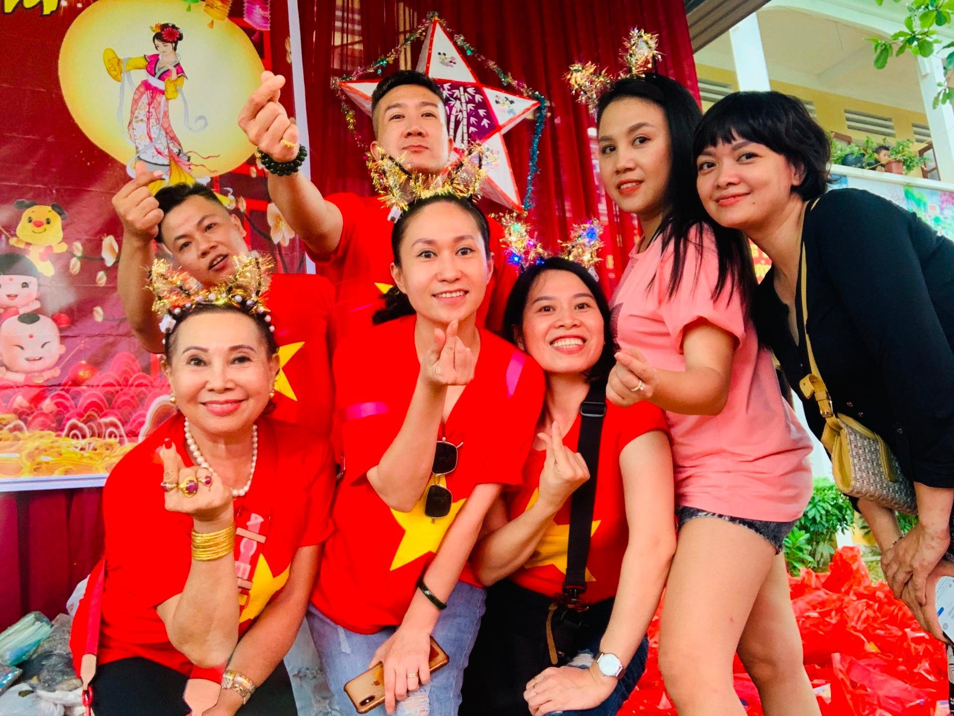 'Trăng sáng cho em' đến sớm với trẻ em Hà Giang Ảnh 6