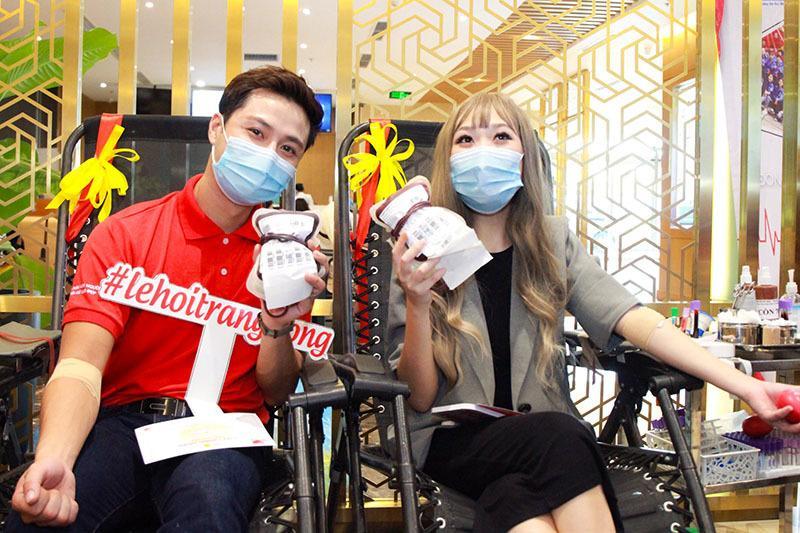 Thanh Sơn đi hiến máu tình nguyện dịp Trung thu Ảnh 3