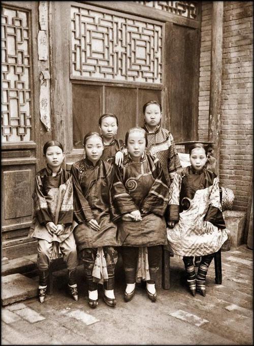 Loạt ảnh quý giá phản ánh chân thật cuộc sống người Trung Quốc trong giai đoạn biến động vào cuối thời nhà Thanh Ảnh 1