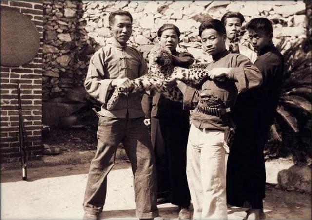 Loạt ảnh quý giá phản ánh chân thật cuộc sống người Trung Quốc trong giai đoạn biến động vào cuối thời nhà Thanh Ảnh 13