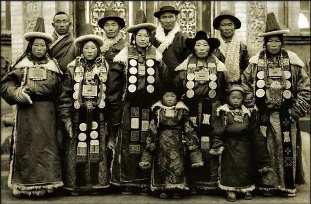 Loạt ảnh quý giá phản ánh chân thật cuộc sống người Trung Quốc trong giai đoạn biến động vào cuối thời nhà Thanh Ảnh 12