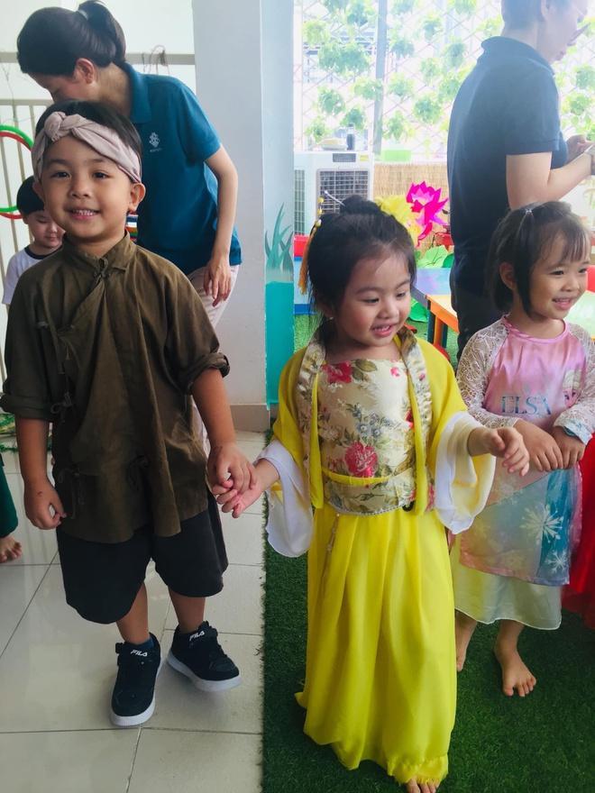 Phạm Quỳnh Anh, Đăng Khôi đón Trung thu cùng con Ảnh 10
