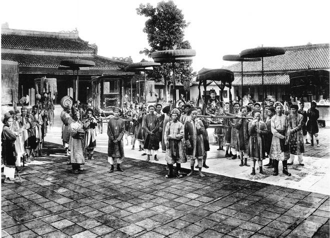 Ảnh chụp sinh hoạt của người Việt hơn 100 năm trước Ảnh 2
