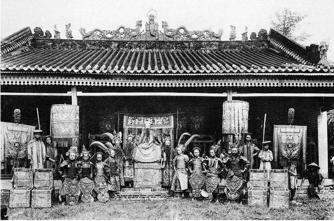Ảnh chụp sinh hoạt của người Việt hơn 100 năm trước Ảnh 10