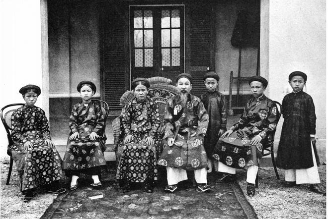 Ảnh chụp sinh hoạt của người Việt hơn 100 năm trước Ảnh 7