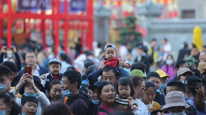 425 triệu chuyến đi trong nửa đầu 'tuần lễ vàng' ở Trung Quốc Ảnh 2