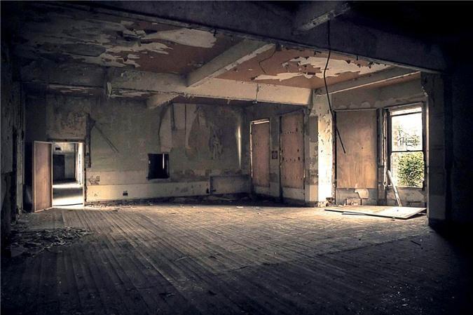 Ám ảnh trước khung cảnh bệnh viện tâm thần bị bỏ hoang Ảnh 12