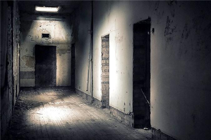 Ám ảnh trước khung cảnh bệnh viện tâm thần bị bỏ hoang Ảnh 16