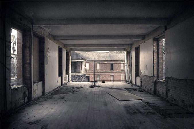 Ám ảnh trước khung cảnh bệnh viện tâm thần bị bỏ hoang Ảnh 17