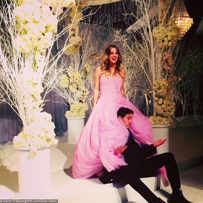 9 bộ váy cưới 'khác bọt' gây tốn giấy mực của người nổi tiếng Ảnh 5