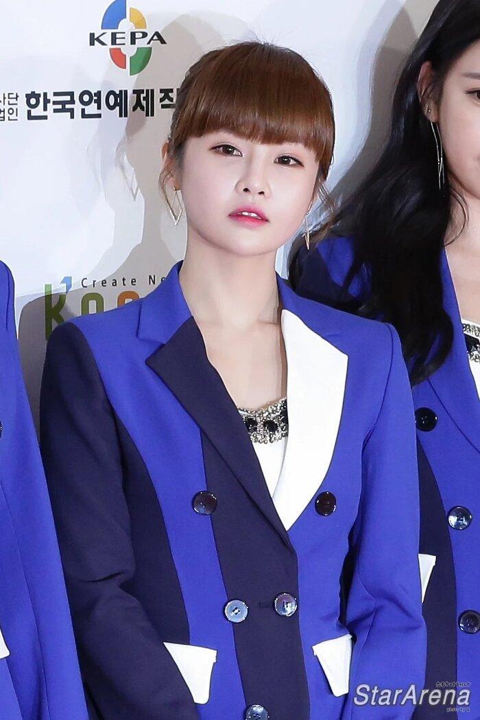 5 idol K-Pop có phụ huynh siêu nổi tiếng tại Hàn Quốc, sinh ra đã ngậm thìa vàng Ảnh 10