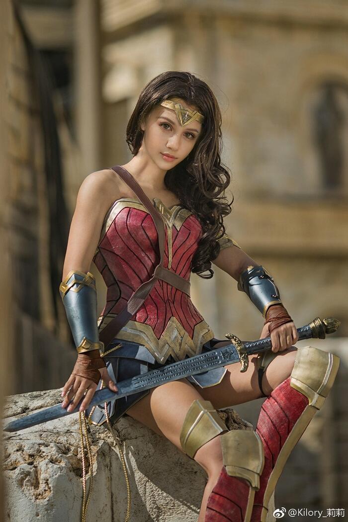 Cùng ngắm loạt ảnh cosplay xinh đẹp mà đầy khí chất về Wonder Woman Ảnh 5