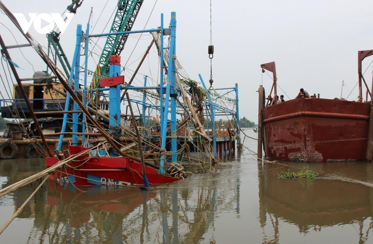 Các tỉnh miền Trung đã có 44 người chết do mưa lũ Ảnh 1