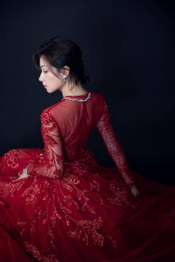 'Kim Ưng 2020': Cận cảnh nhan sắc của Quan Hiểu Đồng, Đàm Tùng Vận - Trương Tân Thành cùng loạt sao Cbiz Ảnh 34