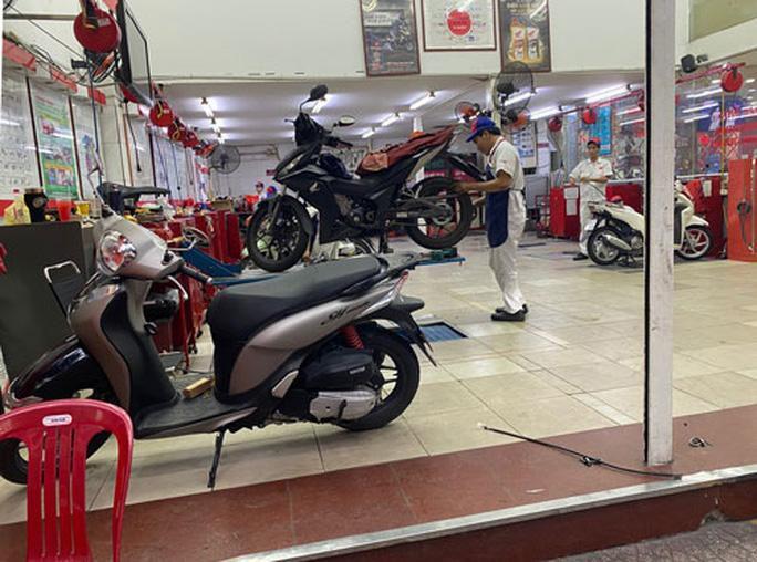 Vài lưu ý khi sử dụng xe máy trong mùa mưa Ảnh 1
