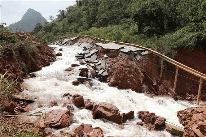 Giao thông Quảng Bình thiệt hại nặng do mưa lũ Ảnh 7